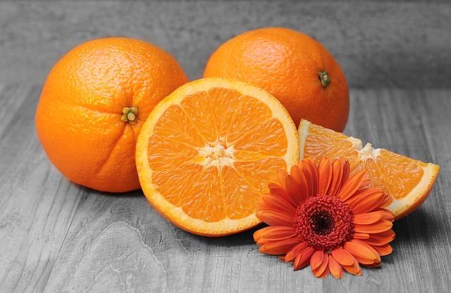 pomeranče a gerbera