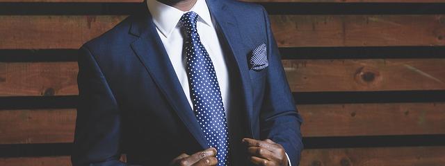 společenský oblek pro muže.jpg